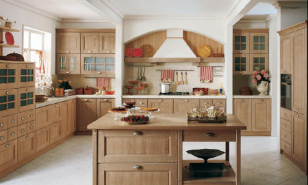 Arredamento cucine i vari tipi di arredo cucina for Idee arredo cucina classica