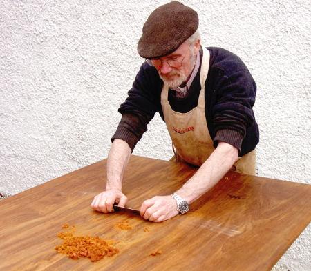 Eliminare i tarli dal legno - Ristrutturare mobili vecchi ...